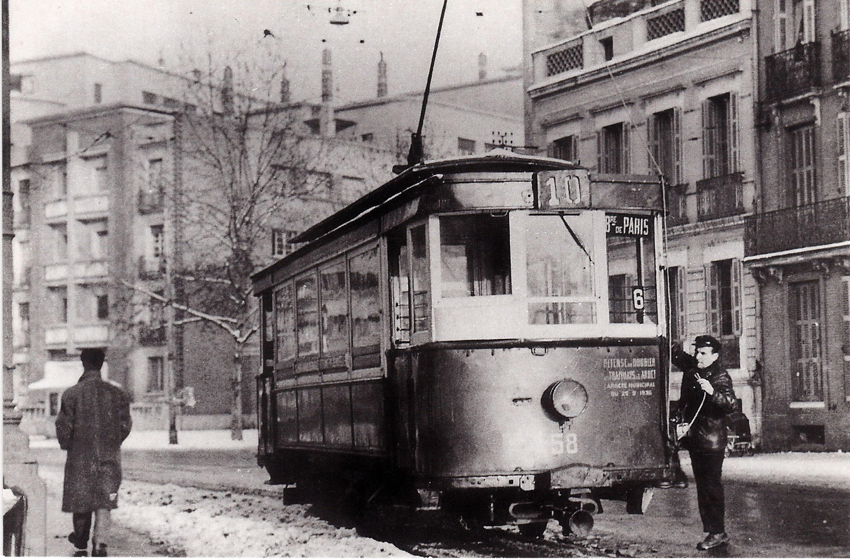 Tramway type Jeumont datant de 1905 ligne 10 _R2