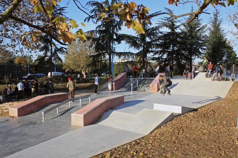 Skate parc des Ponts Jumeaux